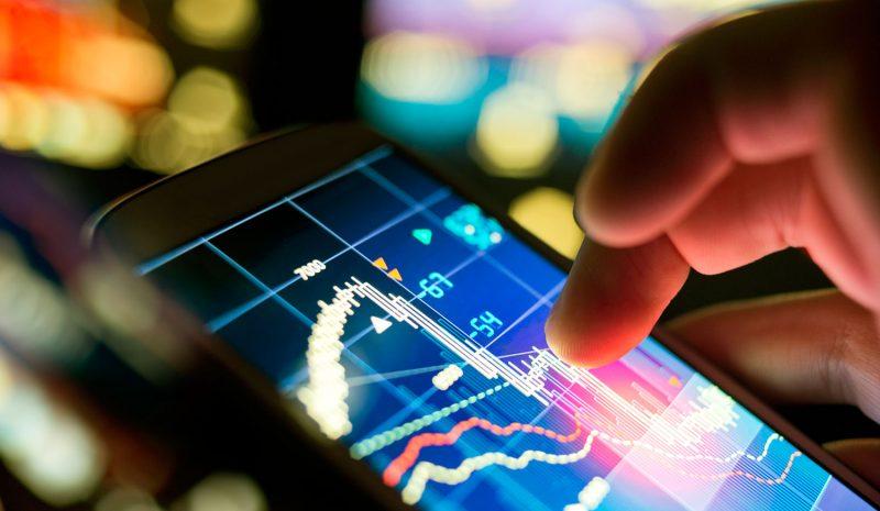 El Big Data y las profesiones y nuevos modelos de negocio asociados a la avalancha de información digital